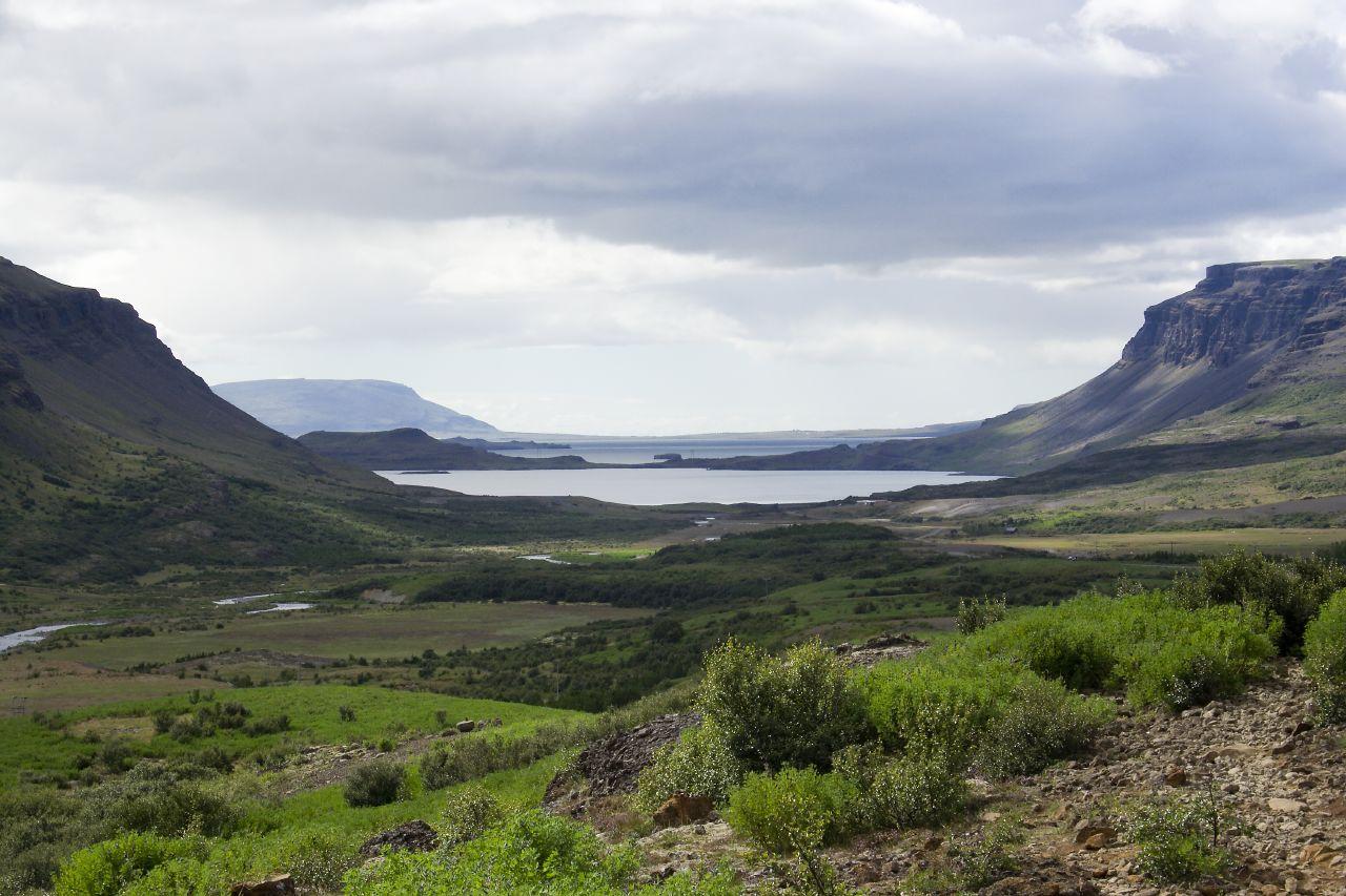 Hvalfjordur-Iceland01