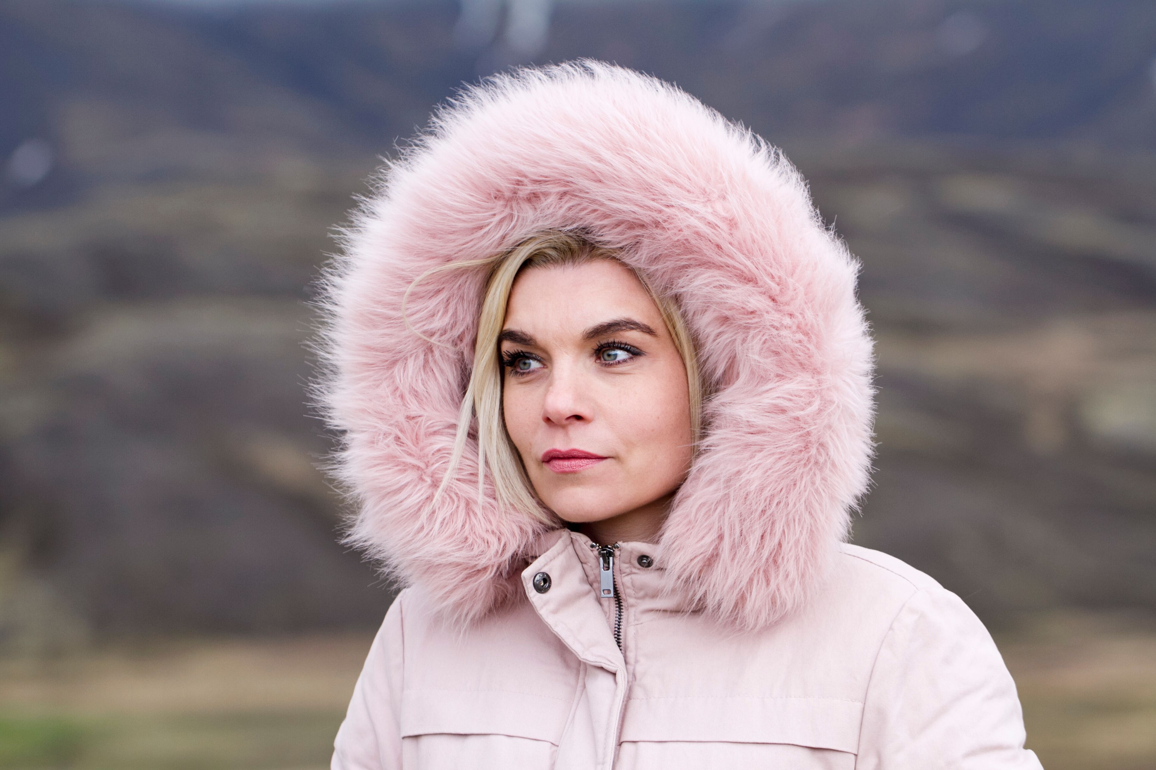 Hafdis pink hood copy